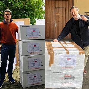 Andries DIENER et Sandro VOLONTÉ de l'Association Ticino-Cina avec le matériel remis au canton du Tessin